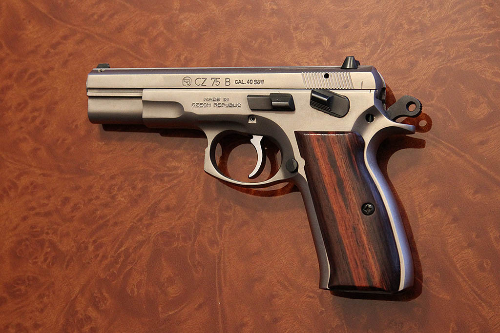 New Guy    CZ 75B    Thin Grips?